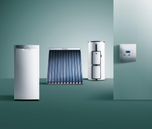 oel-brennwertkessel-icovit-roehrenkollektor-aurotherm-warmwasserspeicher-allstor-regler-auromat-368288